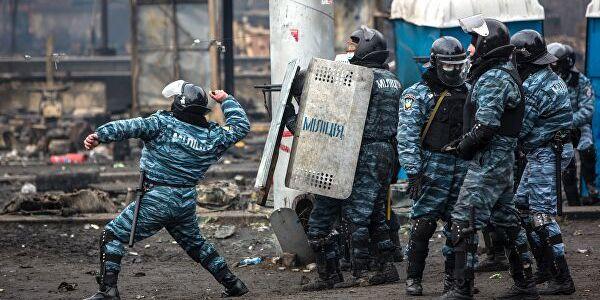 Екс-«беркутівця» Саттарова випустили з-під варти, його обміняють на одного з моряків — адвокат