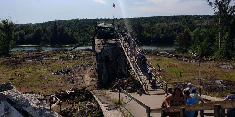 Українська сторона вимушено призупинила демонтаж укріплень біля мосту в Станиці Луганській