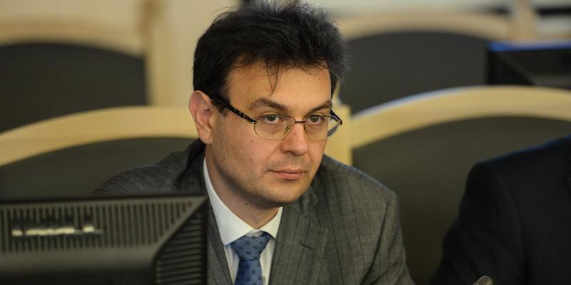 У Зеленського пообіцяли, що навантаження на фонд оплати праці буде зменшуватись