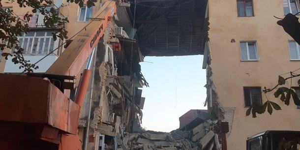 Під уламками зруйнованого будинку у Дрогобичі знайшли тіла вже вісьмох загиблих