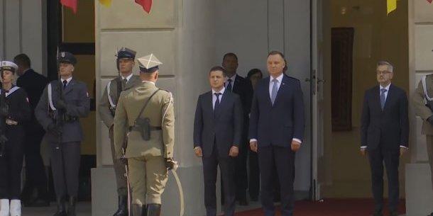 Президент України прибув до Польщі, де перебуватиме з дводенним офіційним візитом