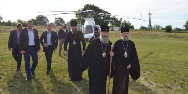 До Благовіщенського монастиря прибув митрополит Сарненський та Поліський УПЦ МП Анатолій