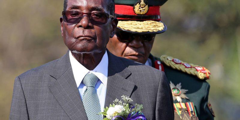 Помер експрезидент Зімбабве Мугабе: йому було 95 років, 30 з них він очолював країну