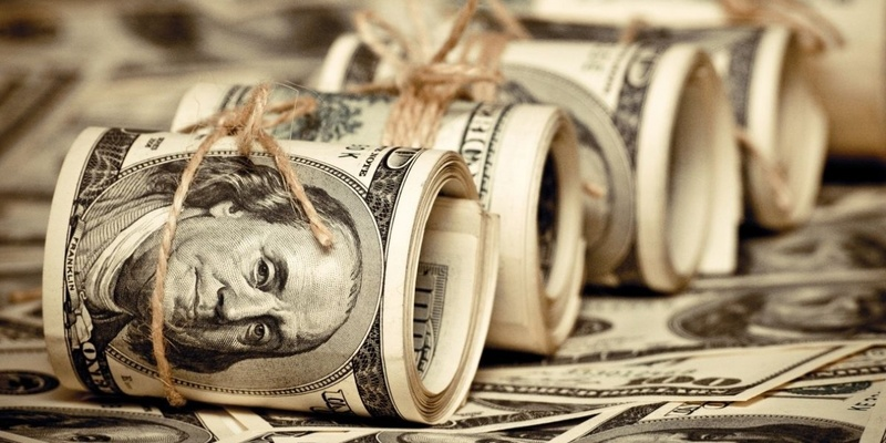 Що буде з доларом: прогноз курсу від економіста на всю осінь