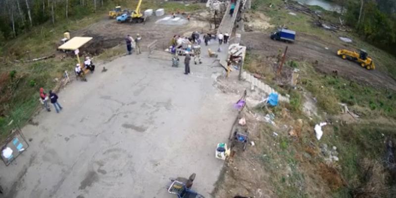 На мосту в районі смт Станиця Луганська встановлено веб-камеру (відео)