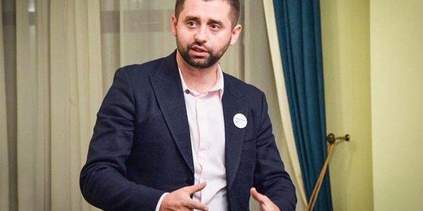 В умовах війни Україна не може скасувати призов, - Давид Арахамія
