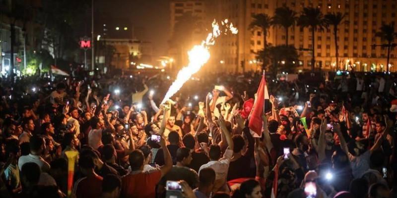 В Єгипті другий день мітингують за відставку президента