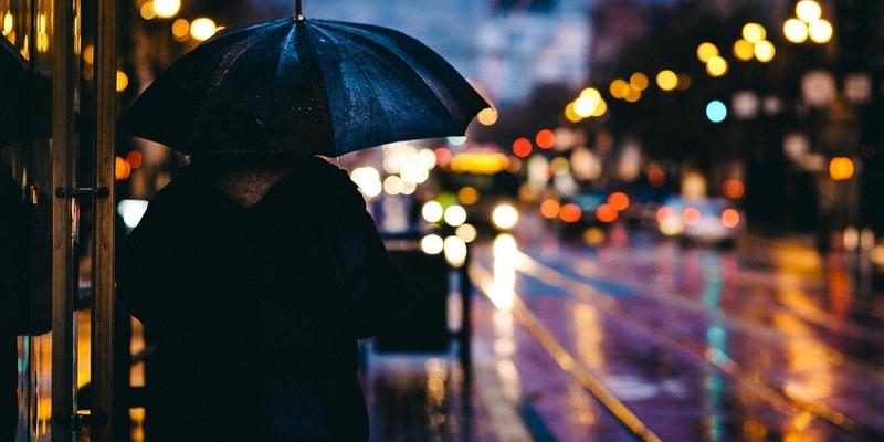 У четвер майже по всій країні очікуються проливні дощі