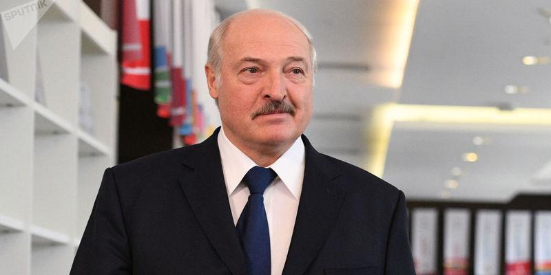 Лукашенко каже, що президентство Зеленського його обнадіює