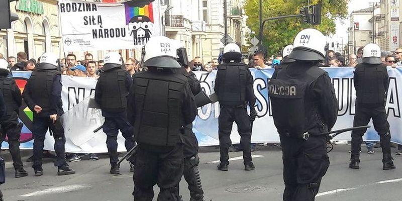У Любліні поліція застосувала водомет і газ проти противників Маршу рівності