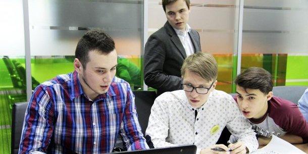 Який розмір податку змусить виїжджати з України IT-працівників
