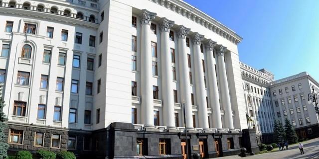 Зеленський має два сценарії для виборів на Донбасі