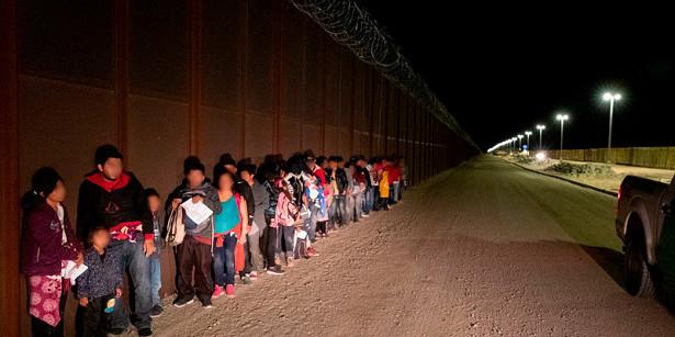 Влада Сполучених Штатів заарештували на державному кордоні вже близько мільйона нелегальних мігрантів
