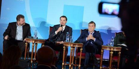 Уряд пропонує українцям нову схему розподілу доходів