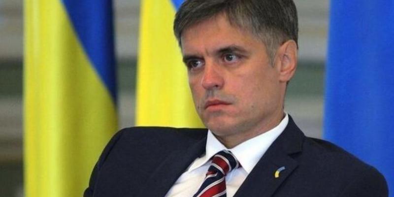 Пристайко пригрозив українцям урізанням зарплат і пенсій через відмову від «формули Штайнмаєра»