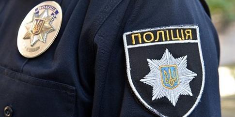 Поліцейські 4 години катували людину через суперечку – Труба