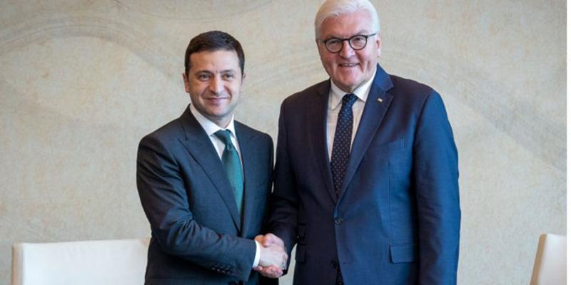 Зеленський зустрівся зі Штайнмаєром і поговорив про Донбас