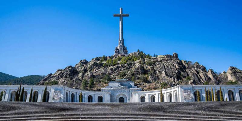 В Іспанії почалося перепоховання диктатора Франко