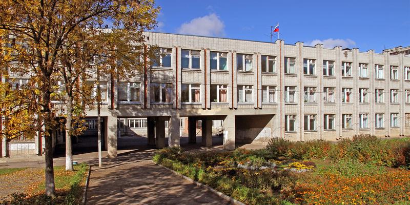 Школа 1200 гривень, дитсадок 1600 гривень: Рівне встановило ціну навчання й лікування для немісцевих