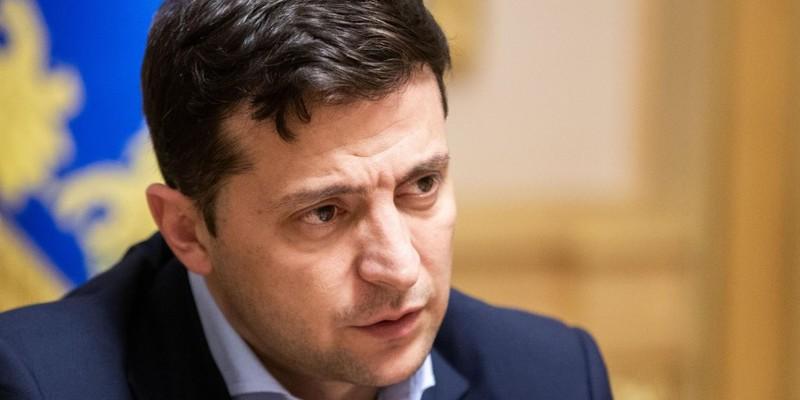 Зеленський доручив урізати витрати на утримання чиновників