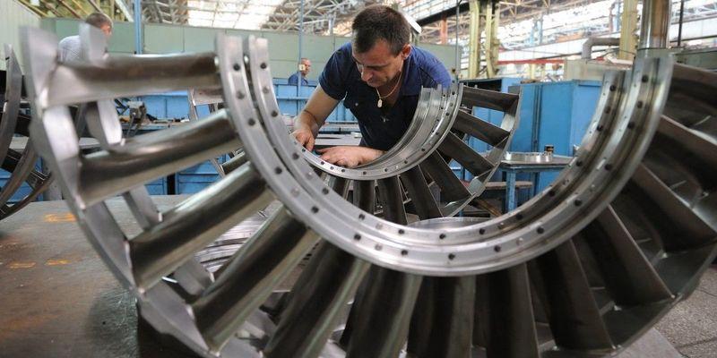 На стратегічному підприємстві «Зоря» - «Машпроект» готуються до масових скорочень працівників