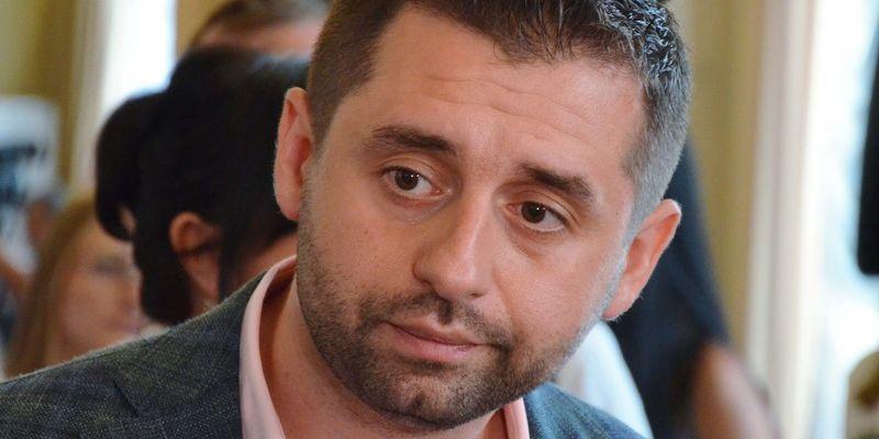 Після завершення розведення сил на Донбасі відбудеться зустріч у нормандському форматі, - Арахамія