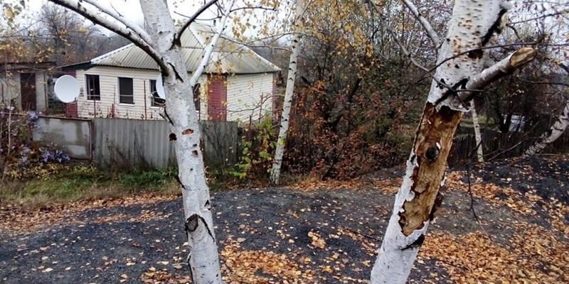 Бойовики обстріляли житлові будинки в Золотому-4, - СЦКК (фото)