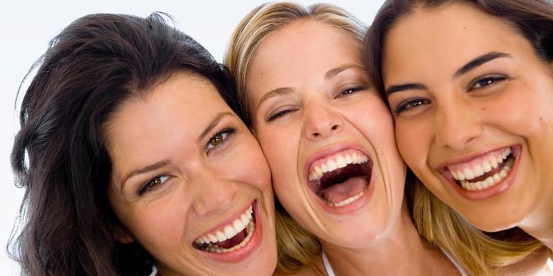 Вчені з'ясували, що чоловіки смішніші за жінок