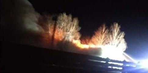 Пожежа на військовому складі у Гайсині знищила шоломи й бронежилети