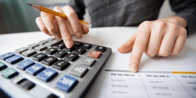 Податки в Україні можна буде платити зі смартфона: деталі