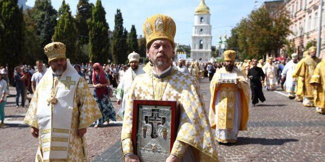 Рівень релігійності серед українців трохи знизився