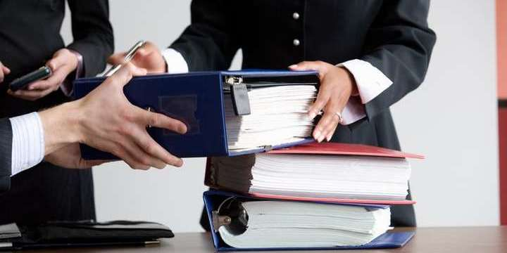Відсьогодні прокурори перестануть вести досудові розслідування