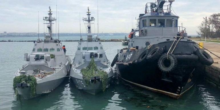 Росіяни угробили захоплені кораблі. Зняли навіть плафони, розетки і унітази — командувач ВМС