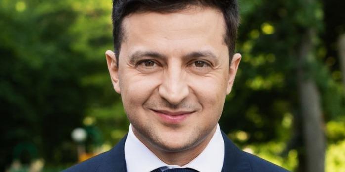 Зеленський заявив, що «вже пора міняти і цих» депутатів Верховної Ради (відео)
