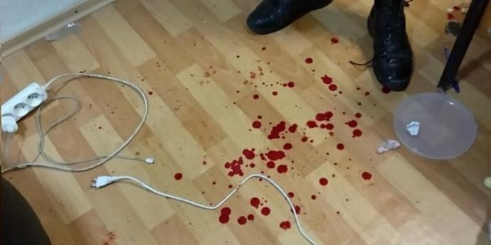 П'ятеро в балаклавах побили двох активістів у Дніпрі