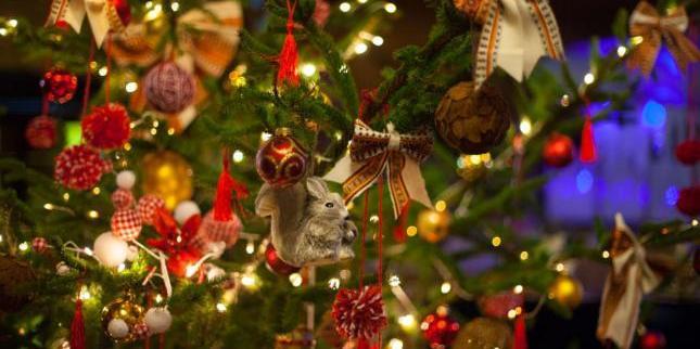 У грудні на українців чекає вихідний на Різдво і дві робочі суботи за Новий рік