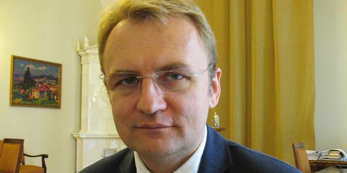 Суд вирішив відпустити Андрія Садового під заставу в один мільйон гривень
