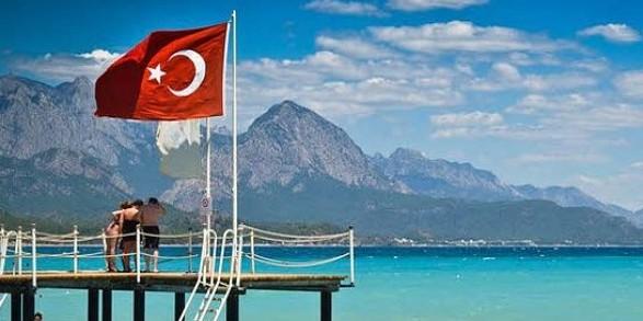 2% від вартості номеру: з нового року туристи у Туреччині будуть платити податок на проживання в готелях