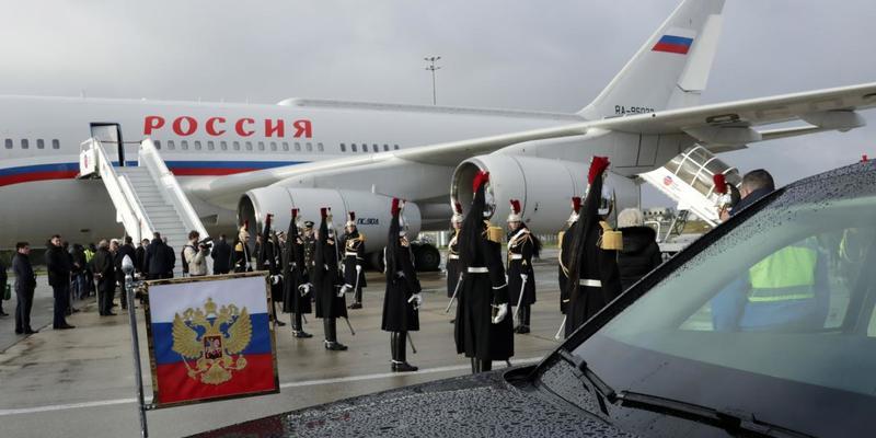 Путін прибув у Париж на зустріч «нормандської четвірки»