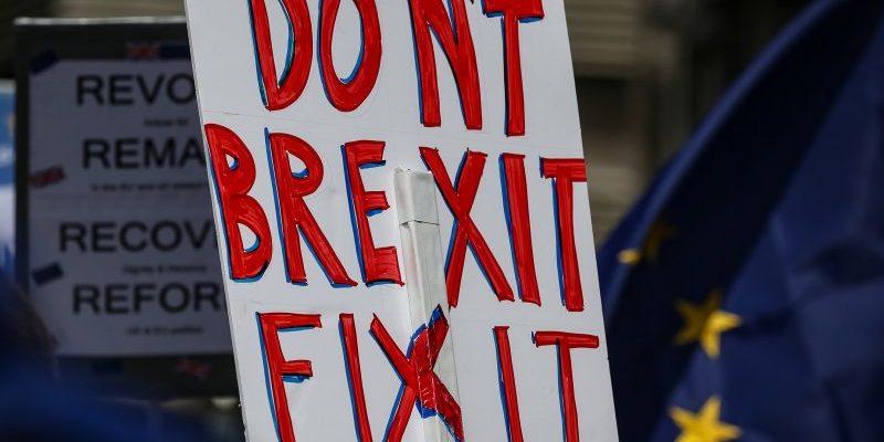 У Британії почалися дострокові вибори, що вирішать долю Brexit