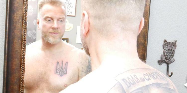 Музикант та волонтер Мухарський заявив про обшук його квартири у Києві