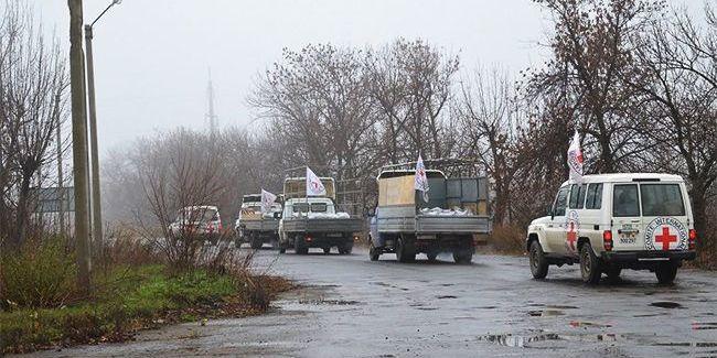 На нормандській зустрічі домовилися про допуск Червоного Хреста на Донбас