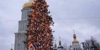 Найближчі дві суботи українці відпрацюють за передноворічні вихідні