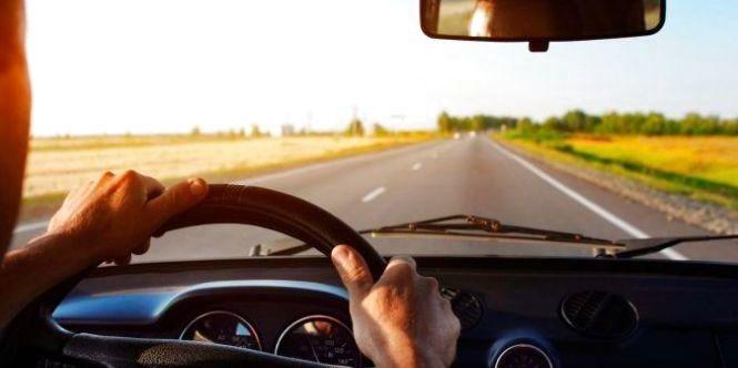 Сьогодні водії починають тестувати додаток з електронними водійськими правами