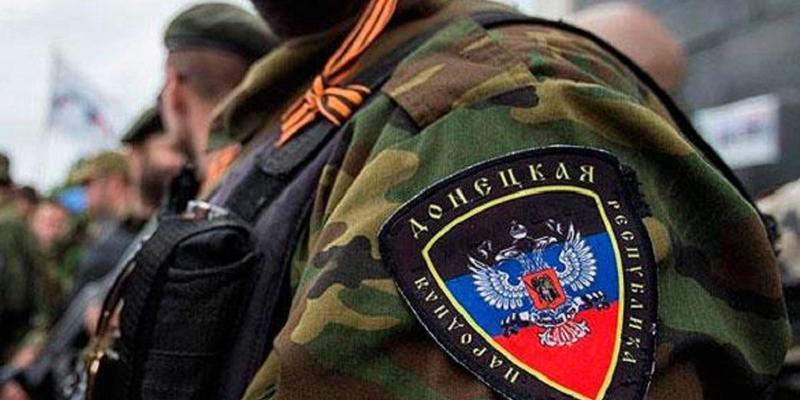 Проросійські бойовики вимагають обговорити з ними зміни до Конституції