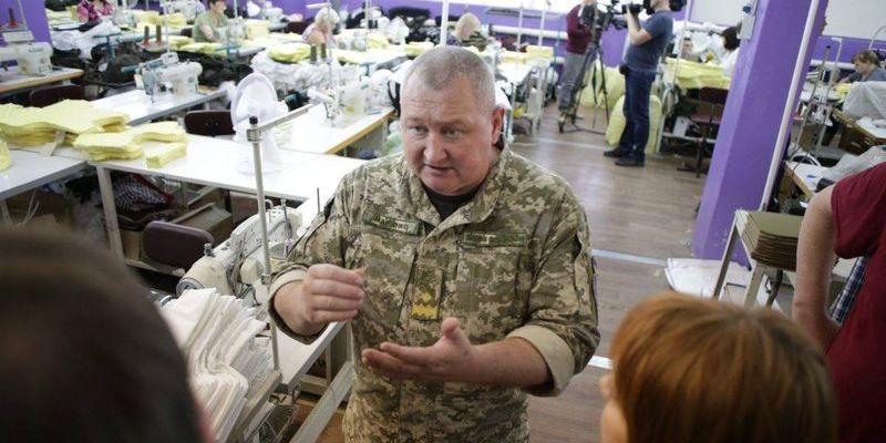 Порошенко вніс 19 млн грн застави за генерал-майора Марченка, якого підозрюють у закупівлі бракованих бронежилетів