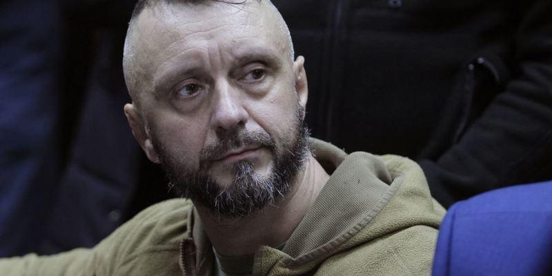 Підозрюваний у справі Шеремета подав до суду на Зеленського і керівників силових органів