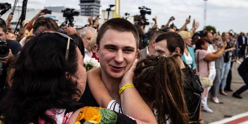 Українці назвали політика і головні події року – опитування
