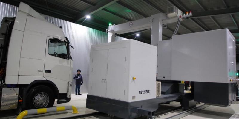 На кордоні з Польщею запрацював новий сканер, який перевіряє вантажівки за 15 хвилин