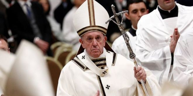 «Бог любить всіх, навіть найгірших людей». Папа Римський провів різдвяну месу у Ватикані